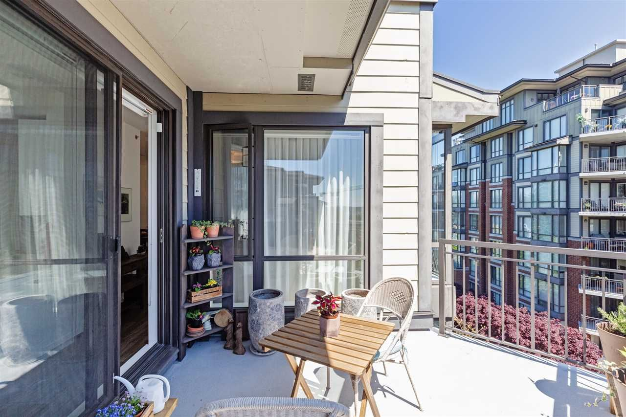 White Rock Apartment/Condo for sale:  2 bedroom 1,334 sq.ft. (Listed 2020-05-26)