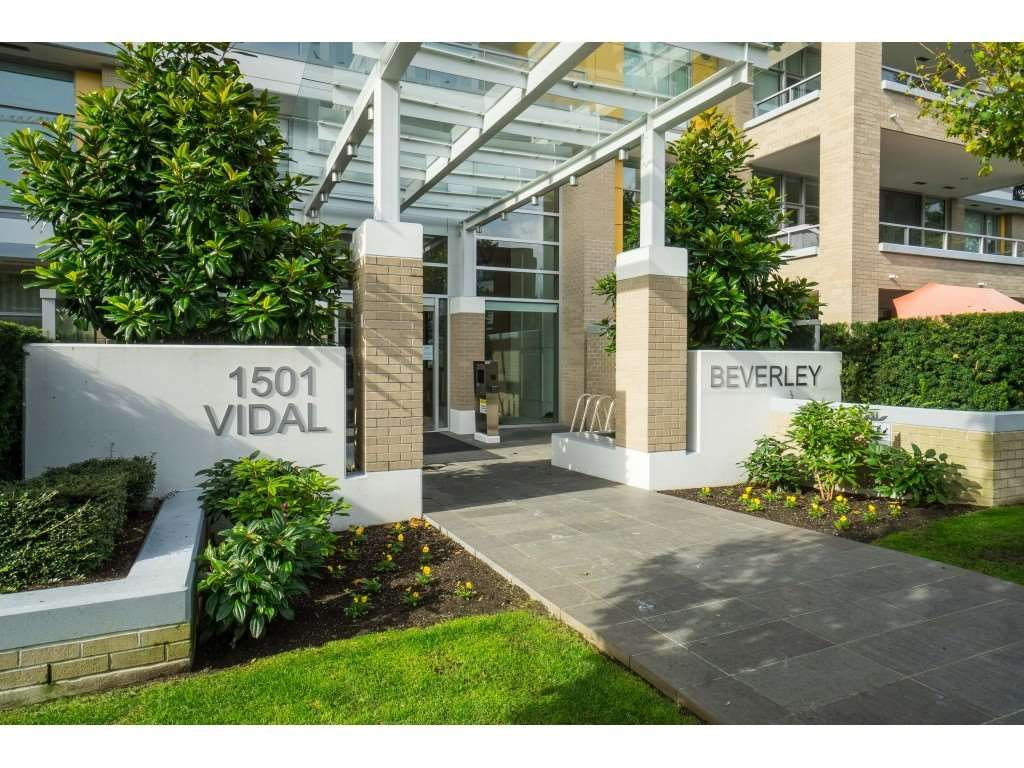 White Rock Apartment/Condo for sale:  2 bedroom 1,289 sq.ft. (Listed 2020-10-27)
