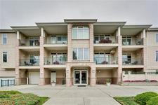 Kelvin Grove Condo for sale:  2 bedroom 974 sq.ft. (Listed 2018-09-17)