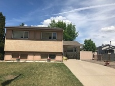 Lethbridge House for sale:  3 bedroom 907 sq.ft. (Listed 2019-06-14)