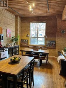 Old Toronto Apartment for sale:  3 bedroom  (Listed 2021-03-24)