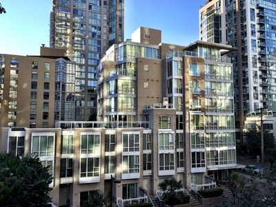 Yaletown Condo for sale:   421 sq.ft. (Listed 2017-10-27)
