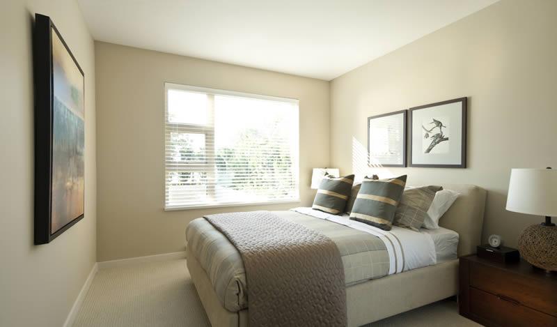 District bedroom