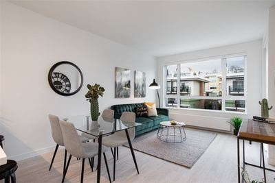 Mosquito Creek Condo for sale:  1 bedroom 574 sq.ft. (Listed 2020-01-21)