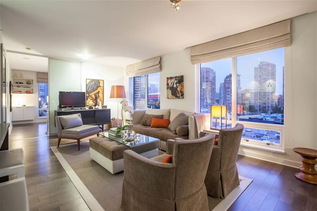 Yaletown Condo for sale:  2 bedroom 1,047 sq.ft. (Listed 2018-03-27)