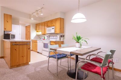 Whistler Village Townhouse for sale:  1 bedroom 872 sq.ft. (Listed 2020-11-05)