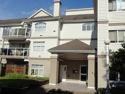 West Newton Condo for sale:  1 bedroom 690 sq.ft. (Listed 2014-02-22)