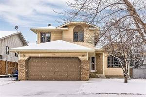 Millrise House for sale:  3 bedroom 1,929 sq.ft. (Listed 2018-11-09)