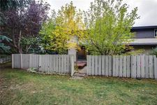 Braeside Townhouse for sale: 3 bedroom 1,067 sq.ft. (Listed 2018-09-24)