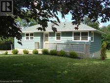 Kincardine House for sale:  3 bedroom 902 sq.ft. (Listed 2019-10-08)