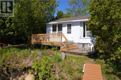 East Ferris Cottage/Camp for sale:  2 bedroom  (Listed 2019-06-06)