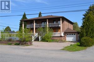 North Bay House for sale:  7 bedroom  (Listed 2019-06-24)