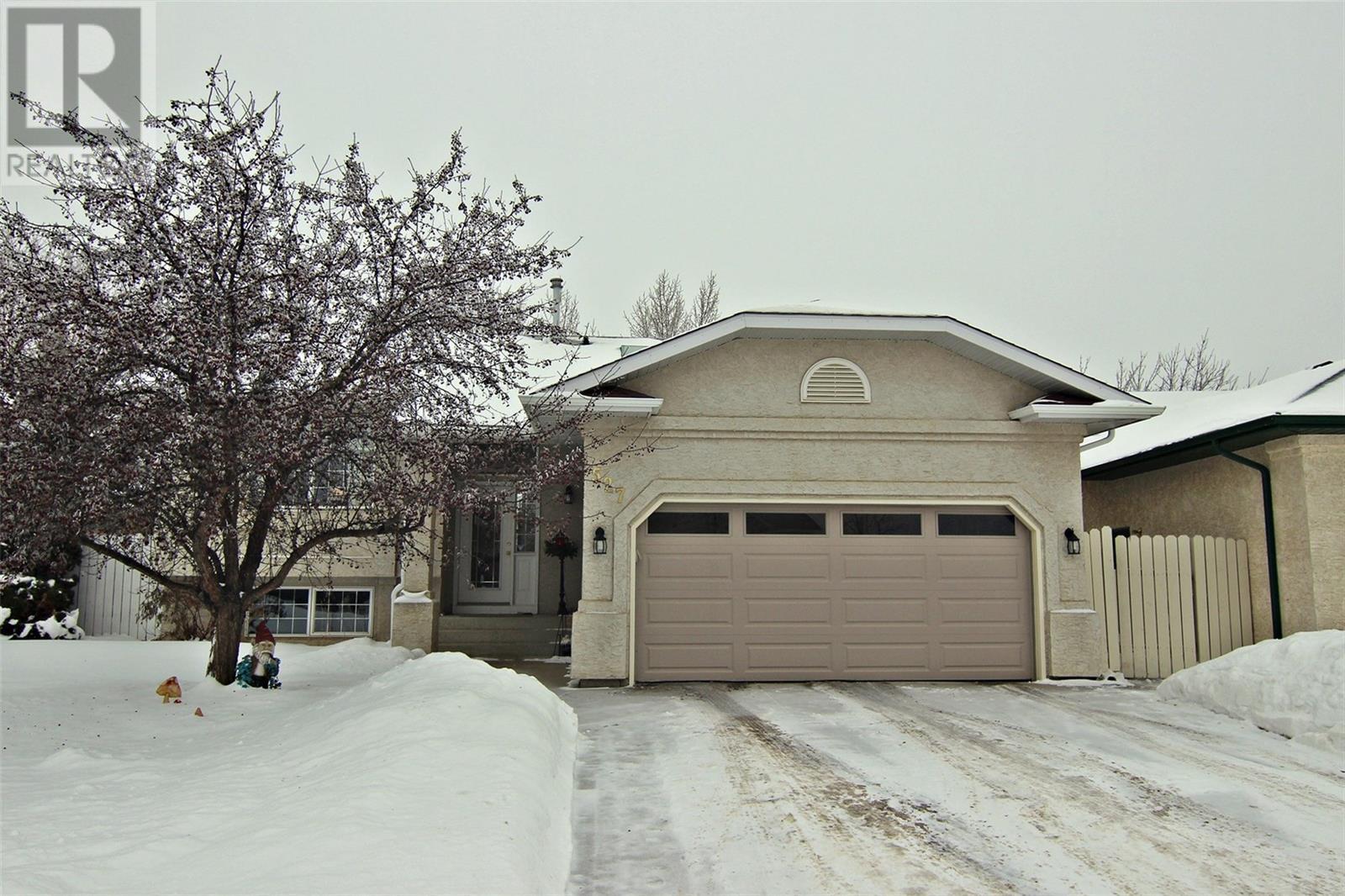 Saskatoon House for sale:  4 bedroom 1,224 sq.ft. (Listed 2020-01-31)