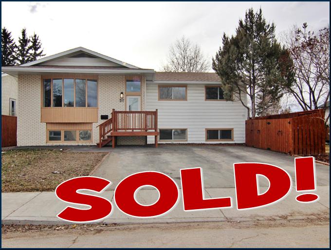 Saskatoon House for sale:  6 bedroom 1,398 sq.ft. (Listed 2020-09-04)
