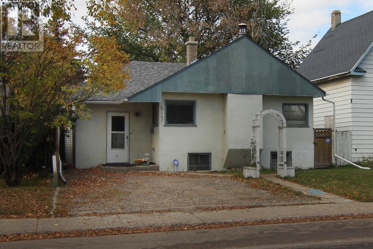 Saskatoon House for sale:  2 bedroom 1,134 sq.ft. (Listed 2019-12-30)