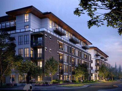 West Coquitlam Apartment:  2 bedroom  Stainless Steel Appliances, Granite Countertop, Tile Backsplash, Rain Shower, Glass Shower, Laminate Floors