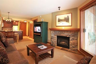 Benchlands Condo for sale:  1 bedroom 642 sq.ft. (Listed 2018-05-31)