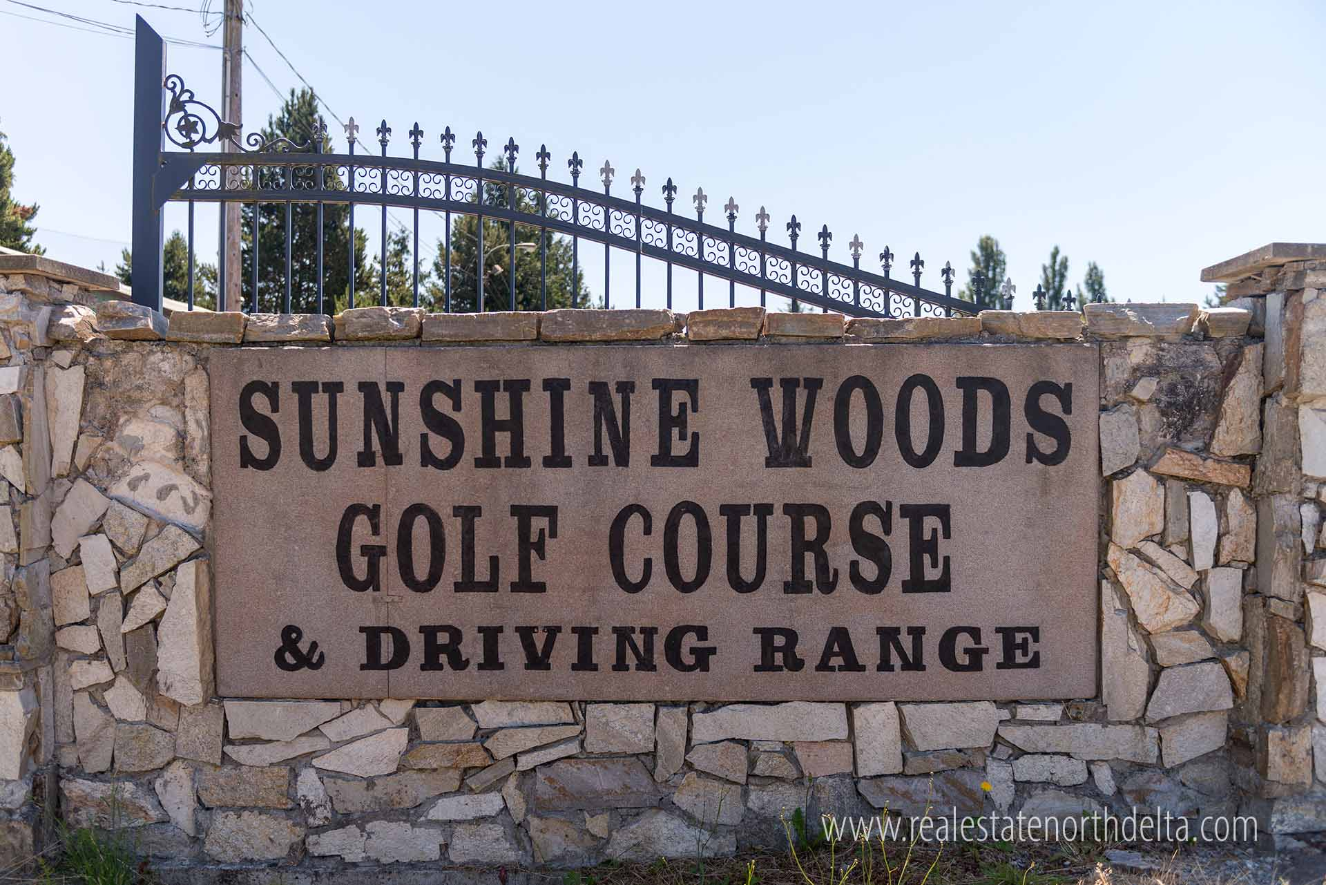 Sunshine Woods Golf Course