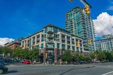 Lower Lonsdale Condo for sale:  1 bedroom 620 sq.ft. (Listed 2018-10-02)