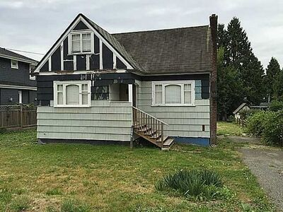 Ambleside House/Single Family for sale:  3 bedroom 1,170 sq.ft. (Listed 2020-09-23)