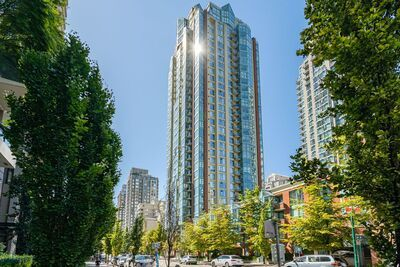 Yaletown Residential for rent: The Pinnacle 2 bedroom 900 sq.ft. (Listed 2020-10-15)
