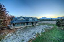 Creston House for sale:  6 bedroom 4,000 sq.ft. (Listed 2018-12-07)