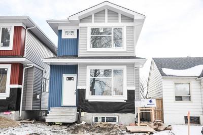 Delton House for sale: 3 bedroom 1,554 sq.ft.