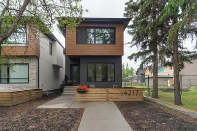 Grovenor House for sale: 4 bedroom 1,847 sq.ft.