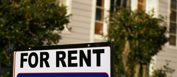 for-rent-sign-house[1].jpg