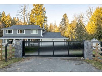 Bradner House with Acreage for sale:  4 bedroom 2,391 sq.ft. (Listed 2021-02-01)