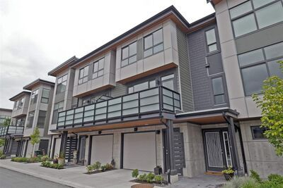 Downtown SQ Townhouse for sale:  2 bedroom 1,385 sq.ft. (Listed 2021-01-04)