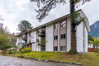 Valleycliffe Apartment/Condo for sale:  2 bedroom 957 sq.ft. (Listed 2020-11-05)