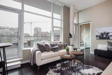 False Creek Condo for sale:  2 bedroom 1,294 sq.ft. (Listed 2018-02-23)