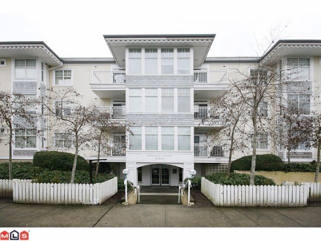 langley investor condo for sale