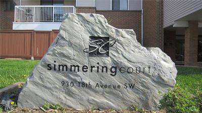 Lower Mount Royal Condo for sale:  3 bedroom 847 sq.ft. (Listed 2019-05-30)