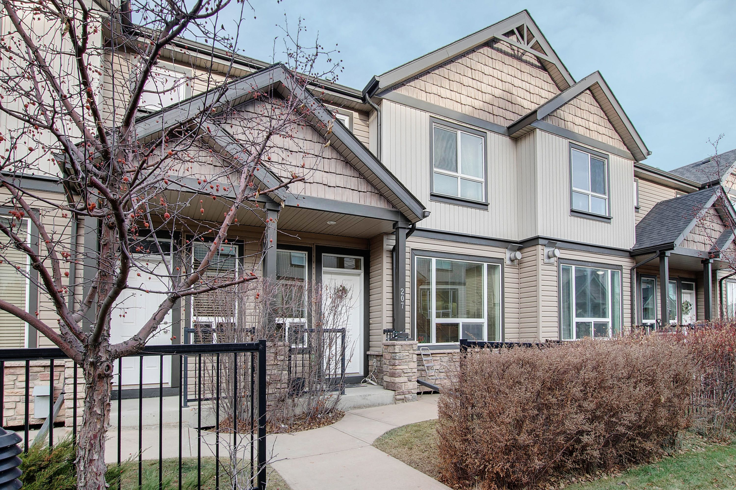 Kincora Row/Townhouse for sale:  3 bedroom 1,155 sq.ft. (Listed 2020-12-09)