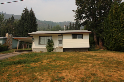 Montrose  Single Family  for sale:  2 bedroom 1,584 sq.ft. (Listed 2018-08-21)
