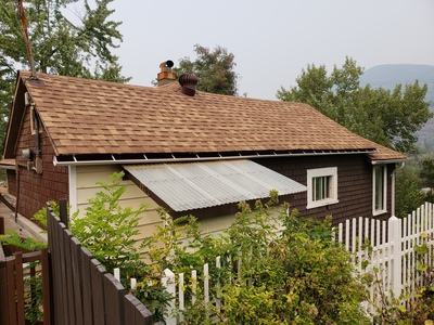 Trail  Single Family  for sale:  2 bedroom 1,500 sq.ft. (Listed 2018-08-24)