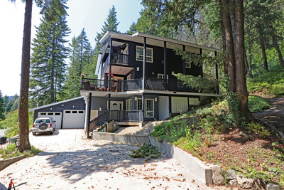 Rossland House for sale:  5 bedroom 3,569 sq.ft. (Listed 2019-09-04)