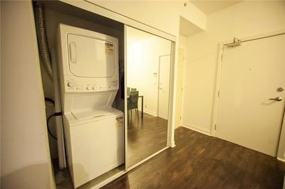 Burlington Apartment for sale:  2 bedroom 1,119 sq.ft. (Listed 2020-03-23)