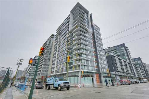 Olympic Village Condo near False Creek