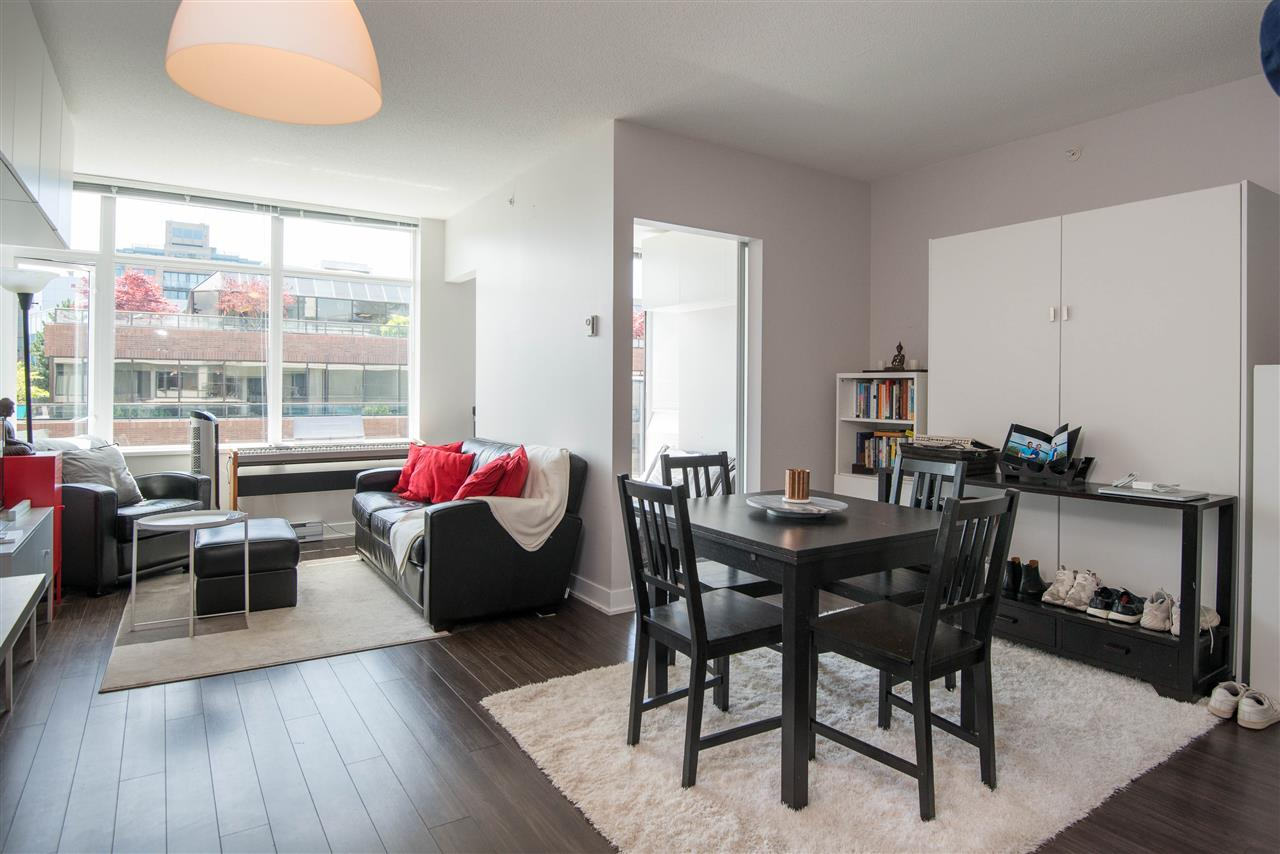 Main area 2 bedroom Condo in Fairview, Vancouver