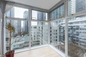 Yaletown Condo for sale:  1 bedroom 798 sq.ft. (Listed 2018-04-10)