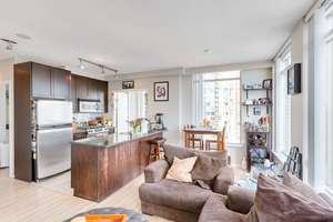 Yaletown Condo for sale:  2 bedroom 883 sq.ft. (Listed 2018-09-19)