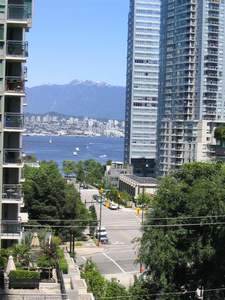 Coal Harbour Condo for sale:  1 bedroom 661 sq.ft. (Listed 2020-02-26)