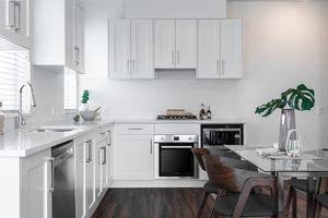 Collingwood VE Townhouse for sale:  3 bedroom 987 sq.ft. (Listed 2020-02-26)