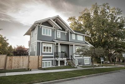 Grandview Woodland 1/2 Duplex for sale:  3 bedroom 1,672 sq.ft. (Listed 2020-07-29)