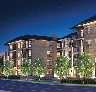 Glebe Condominium: 2nd Ave West