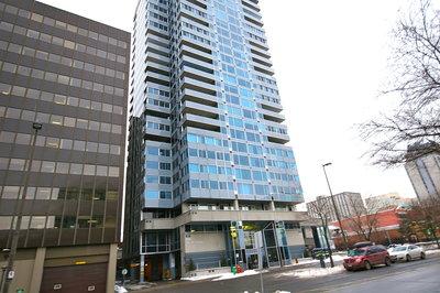The Market Condominium: Place St-George