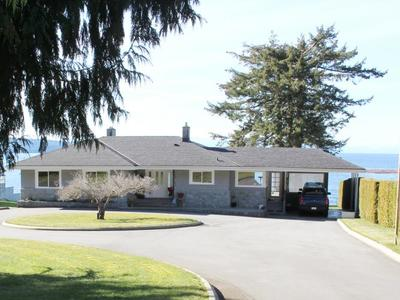 Powell River House for sale:  3 bedroom 3,360 sq.ft. (Listed 2017-04-11)